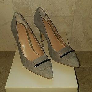 Bana Republic size 6 Grey Suede Heels